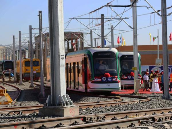 Huawei created an end-to-end eLTE system for Addis Ababa city light rail transit project.