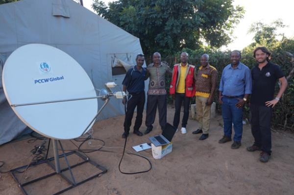 One VSAT communications system was installed in Matarara, from which relief operations to surrounding communities were conducted